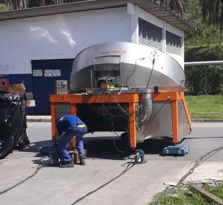 Movimentação de máquina com tartaruga Hidráulica