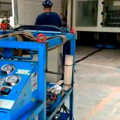 Movimentação de máquinas industriais