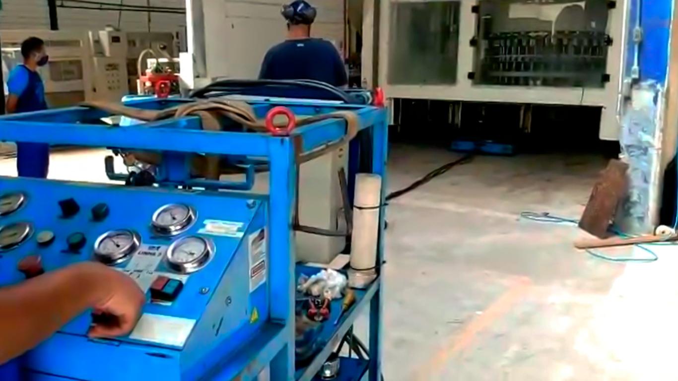 Remoção e transporte de máquinas industriais para todo Brasil