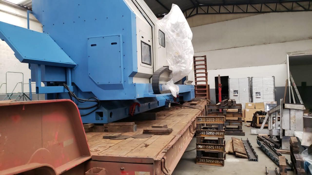 Remoção e transporte de Prensa Industrial